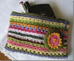 """Bolsa """"granny"""" para cosméticos crochet bag"""