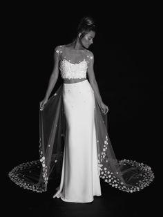 017 | Moon | Rime Arodaky | Creatrice de Robe de Mariée
