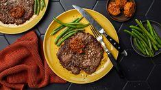 Helpot lehtipihvit jauhelihasta | Pihvit | Yhteishyvä Steak, Recipes, Food, Bye Bye, Good Bye, Rezepte, Essen, Recipe, Yemek