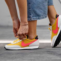 Nike Daybreak Sulfur / Flash Crimson Credit : Asphaltgold — #nike #daybreak #sneakerhead #sneakersaddict #sneakers #kicks #footwear #shoes #fashion #style Latest Sneakers, Women's Sneakers, Footwear Shoes, Tennis, Kicks, Clothes, Style, Fashion, Tennis Sneakers