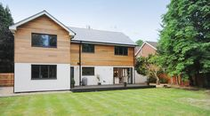 Conversion of Bungalow to Two Storey House, Hampshire House Cladding, Exterior Cladding, Facade House, Bungalow Exterior, Modern Exterior, Exterior Design, Home Exterior Makeover, Exterior Remodel, Style At Home