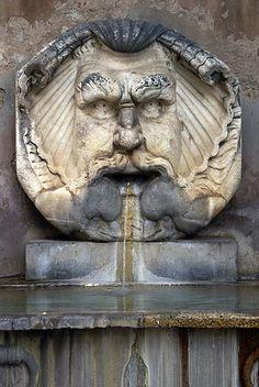 Santa Sabina, Fontana del Mascherone (Mask fountain), Rome