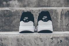 Nike Air Max 1 Ultra Moire Black/White