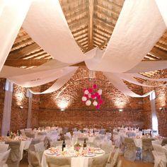 Room Banner - Deco Banner - 12 m - sweetwedding - Wedding Cards, DIY, Wedding . Wedding Ballons, Wedding Reception Flowers, Wedding Venue Decorations, Wedding Venues, Cat Wedding, Wedding 2017, Wedding Cards, Dream Wedding, Wedding Day