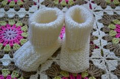 Neulotut vauvan tossut Diy And Crafts, Baby Shoes, Slippers, Kids, Free, Zapatos, Young Children, Boys, Baby Boy Shoes