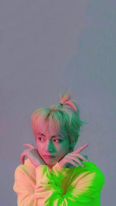 This is a Community where everyone can express their love for the Kpop group BTS Bts Taehyung, Bts Selca, Bts Bangtan Boy, Taehyung Photoshoot, V Bts Cute, I Love Bts, Foto Bts, Frases Bts, Bts Kim