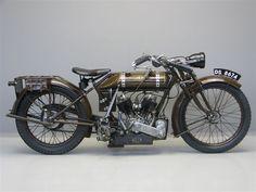 1923 NUT 700