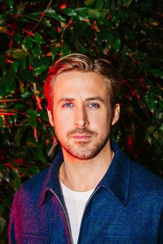 Ryan Gosling / Neon / Acteurs / Cinema / Photographie / Sexy / Inspiration / Film