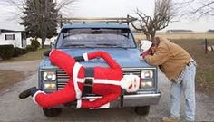 Funny Christmas ornaments lead to bad Christmas decorations. These ugly Christmas ornaments complemented by funny Christmas decorations will certainly make you ROFL. Find out more inappropriate Christmas decorations in this page. Funny Christmas Decorations, Funny Christmas Pictures, Santa Pictures, Christmas Images, Christmas Themes, Crazy Pictures, Holiday Pics, Redneck Christmas, Tacky Christmas