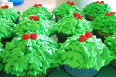 jungle theme cupcake