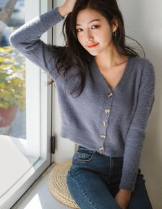Inexpensive Cardigan Outfit Ideas For Summer And Winter Kpop Outfits, Korean Outfits, Mode Outfits, Fall Outfits, Summer Outfits, Casual Outfits, Fashion Outfits, Ulzzang Fashion, Korean Fashion