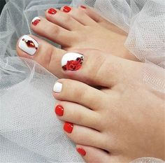 Clever fashion design manicure and decoration - Page 20 of 20 - Inspiration Diary Pedicure Designs, Pedicure Nail Art, Toe Nail Designs, Fall Nail Designs, Simple Nail Designs, Beautiful Nail Designs, Toe Nail Art, Fall Nail Colors, Nail Polish Colors