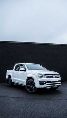 Stunning VW Amarok 3 litre Bluemotion - Now available for lease Vw Amarok V6, Volkswagen Amarok, Van For Sale, Ford Focus, Electric Cars, Pickup Trucks, Cars And Motorcycles, Offroad, Dream Cars