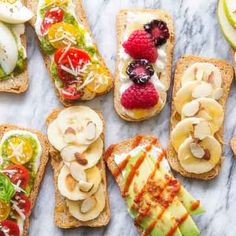 Sweet and Savory Crostini - sweet and savory light bites with a topping of superfoods for a boost of energy and protein is just what these crostinis will deliver! #healthy #OldLondon #snacks