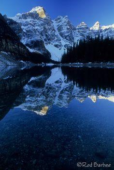 Moraine Lake, Banff National Park, Alberta - Canada ~ @My Travel Manual