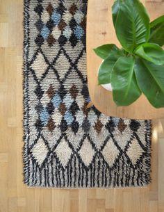 HARLEQUIN Vintage Scandinavian Modern Hand Knotted Wool Rya Rug, Flokati Shag rug, Mid Century 60's, Black and White Harlequin