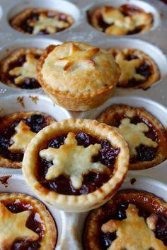 40 Delicious Christmas Pie Recipes Christmas Celebrations