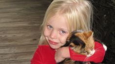 girl-sweet-portrait-young-kitten-cat-mammal-child-facial-expression-smiling-nose-happy-toddler-eye-loving-skin-expression-blond-organ-hugging-snuggle-1359647.jpg (3840×2160)