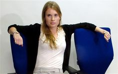 'Power poses' that will boost your career – The Telegraph