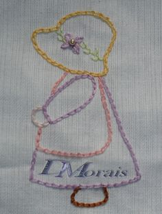 Hand Embroidery Videos, Embroidery Works, Flower Embroidery Designs, Creative Embroidery, Simple Embroidery, Hand Embroidery Stitches, Modern Embroidery, Applique Designs, Applique Quilts