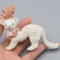 """Gefällt 621 Mal, 18 Kommentare - Danie the polymer clay artist (@juskancreations) auf Instagram: """"I present you my spring critter I made for the collab group @enchanted.wilderness . I'm so in love…"""""""
