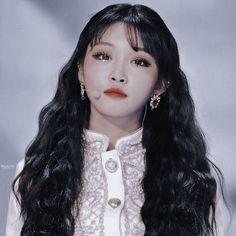 Read ミ✨ ˊ- from the story 𝙄𝘾𝙊𝙉𝙎 𝙆𝙋𝙊𝙋 ; Kpop Girl Groups, Kpop Girls, Kim Chungha, Fandom Kpop, Twitter Icon, Kpop Aesthetic, Her Music, Powerful Women, Korean Singer