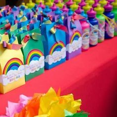 my little pony party favors Rainbow Dash Party, Rainbow Unicorn Party, Rainbow Parties, Rainbow Birthday Party, Rainbow Party Favors, Rainbow Theme, Rainbow Party Decorations, Rainbow Colours, Party Favours