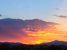 Tucson | Arizona | Sunrise | Photo via Instagram by @sparis35