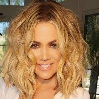 """Khloe Kardashian is obsessed. The health- and fitneso-focused actuality star took to Instagram to reveal that she misses her physique… from merely seven weeks previously. """"Throw again pic…. I miss my in form physique  put down the fork Khloé,"""" she captioned  of ..."""