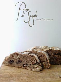 Pane di segale alle noci e frutta secca   Giochi di Zucchero