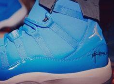 "Usher custom Air Jordan XI ""Pantone"" signed by Tinker Hatfield"