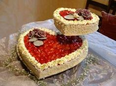Herz als Hochzeitstorte, besonders schön gestapelt