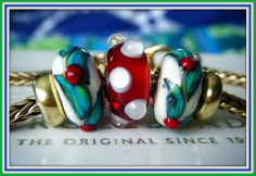~~MERRY CHRiSTMAS~~From a member of the Forum! Thank you Darlene!  Join us for inspiration! http://trollbeadsgalleryforum.ning.com/