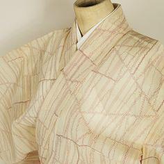 Beige, vintage komon kimono /【小紋】リサイクル着物/ベージュ系亜麻色地線と絣の抽象柄紗単衣夏物 http://www.rakuten.co.jp/aiyama/