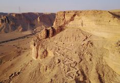 Hike the Ancient camel trail and 15 Activities To Do in Riyadh During The Winter | Blue Abaya