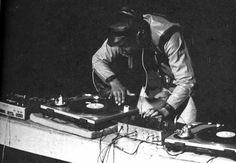 Black History Month Event: Hip Hop History Bronx to the Age of Bling! Jamel Shabazz, Mc 12, History Of Hip Hop, The Dj, Hip Hop Artists, The Grandmaster, Black History Month, Back In The Day, Musical