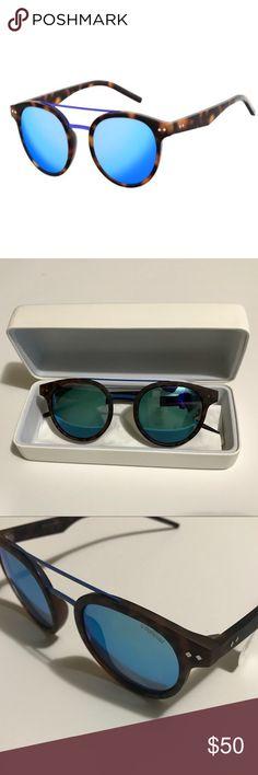 NWT Polaroid Polarized Sunglasses New With Tags Polaroid Polarized Sunglasses. Protective case and Microfiber lenses cloth included. Polaroid Accessories Sunglasses