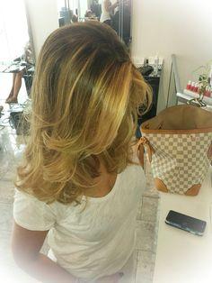 Love is in the #hair by Sasha for #ericzemmourmonacoII ✨  #shatush #blonde #waves #haircolor #smartbond #henna #ericzemmourmonaco #ericzemmour #monaco #montecarlo #lorealpro #iamlorealpro #mymontecarlo #monmonaco #cotedazur #hair #haircare #passion #work #blowdry #brushing #hairdresser #sashamonaco #hairstyle #hairporn #hairinspiration #behindthechair #coiffure #picoftheday