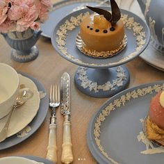 Jasperware by Wedgwood: A Timeless Classic - The Glam Pad Wedgewood China, Blue Table Settings, Wedgwood Pottery, Easter Weekend, Dinner Sets, French Country Decorating, Meals For Two, Timeless Classic, Tableware