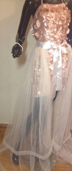0929c7812b Tulle wedding skirt, tulle overskirt, wedding skirt, detachable wedding  skirt, detachable tulle