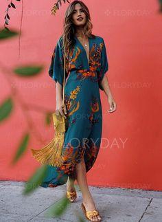 Boho Printed Colour Split V Neck Casual Maxi Dress Product Boho Casual Printed Colour Split V Neck Dress Brand Name … Boho Fashion, Fashion Outfits, Womens Fashion, Style Fashion, Fashion Hacks, Cheap Fashion, Fashion Tips, Fashion Design, Mode Lookbook