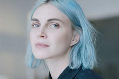 Idée Couleur & Coiffure Femme 2018 : Phoebe Dahl Can Convince You Linen Is Cool Hair Inspo, Hair Inspiration, Pastel Blue Hair, Lilac Hair, Look 2017, Coloured Hair, Mermaid Hair, Dream Hair, Rainbow Hair