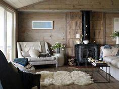 Du bois chaleureux pour un salon cocon - 44 photos pour trouver l'ambiance de son salon - CôtéMaison.fr#diaporama#diaporama