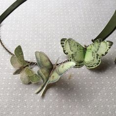 My Garden Handmade Green Leather Grass Necklace with Cotton