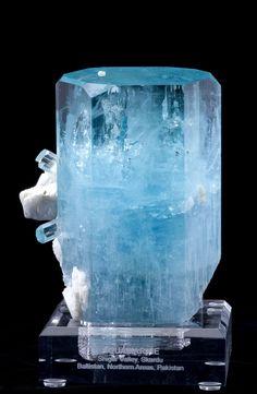 Beryl var. Aquamarine - Shigar Valley, Skardu, Baltistan, Northern Areas, Pakistan  cabinet, 15 x 11 x 7.5 cm