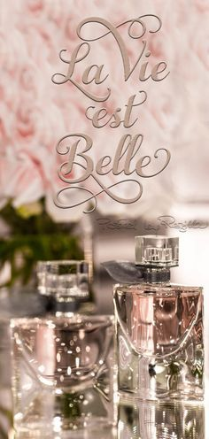 ⚜ La vie est belle My Favorite Fragrance Romantic Table, Vanity Set, Smell Good, Lancome, Girly Things, Pretty In Pink, Pink Ladies, Perfume Bottles, Beauty