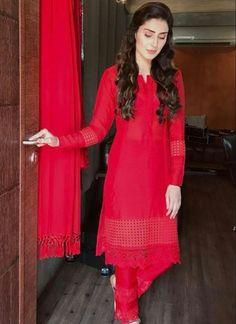 Pakistani Formal Dresses, Pakistani Fashion Casual, Pakistani Dress Design, Pakistani Outfits, Indian Outfits, Indian Fashion, Muslim Fashion, Sexy Summer Dresses, Stylish Dresses