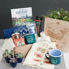 """""""Sea Creatures – Premium for 1"""" Themed Gift Box"""