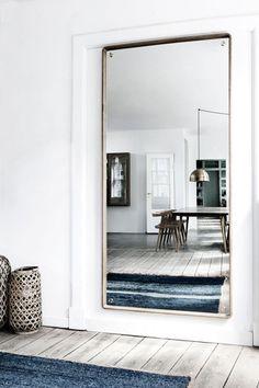 KBH Frame mirror large speil - Studio Kvänum Oslo AS Lets Stay Home, Wood Stairs, Flat Ideas, Interior Decorating, Interior Design, House Inside, Apartment Interior, Solid Oak, Interior Inspiration