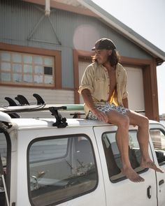 Relaxed and comfortable, these boardies can go beyond the water and be worn long into the night. They'll complement your coastal look and last for many summers' to come. Retro Shorts, Retro Summer, Swim Shorts, Mid Length, Summer Vibes, Long Sleeve Shirts, Swimming, Beach, Unique